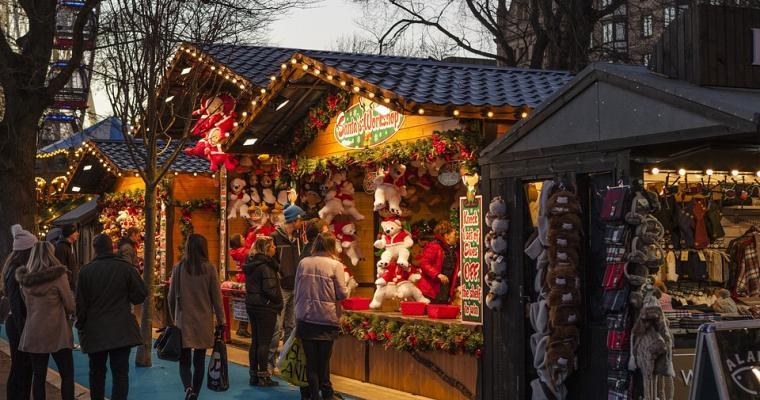 Magical Christmas markets in Paris
