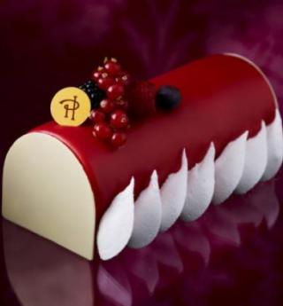 Pierre Hermé reinvents the Yule logs