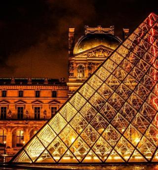 Paris gastronomie : salon, beaujolais et vins au Louvre