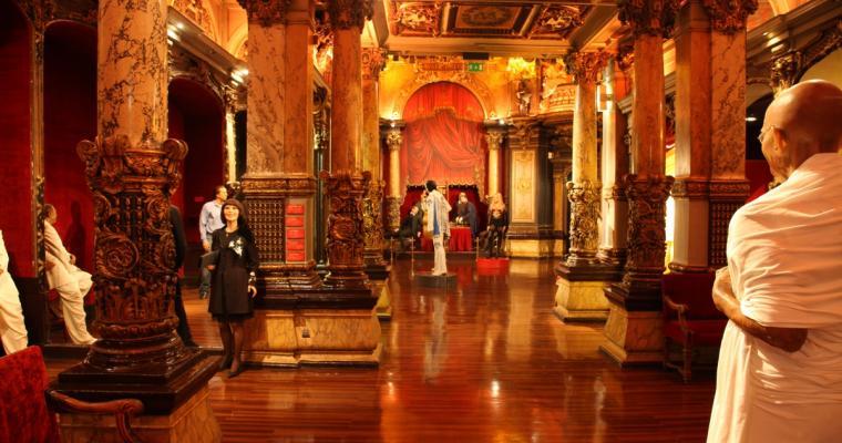 The Grevin Museum celebrates Valentine's Day